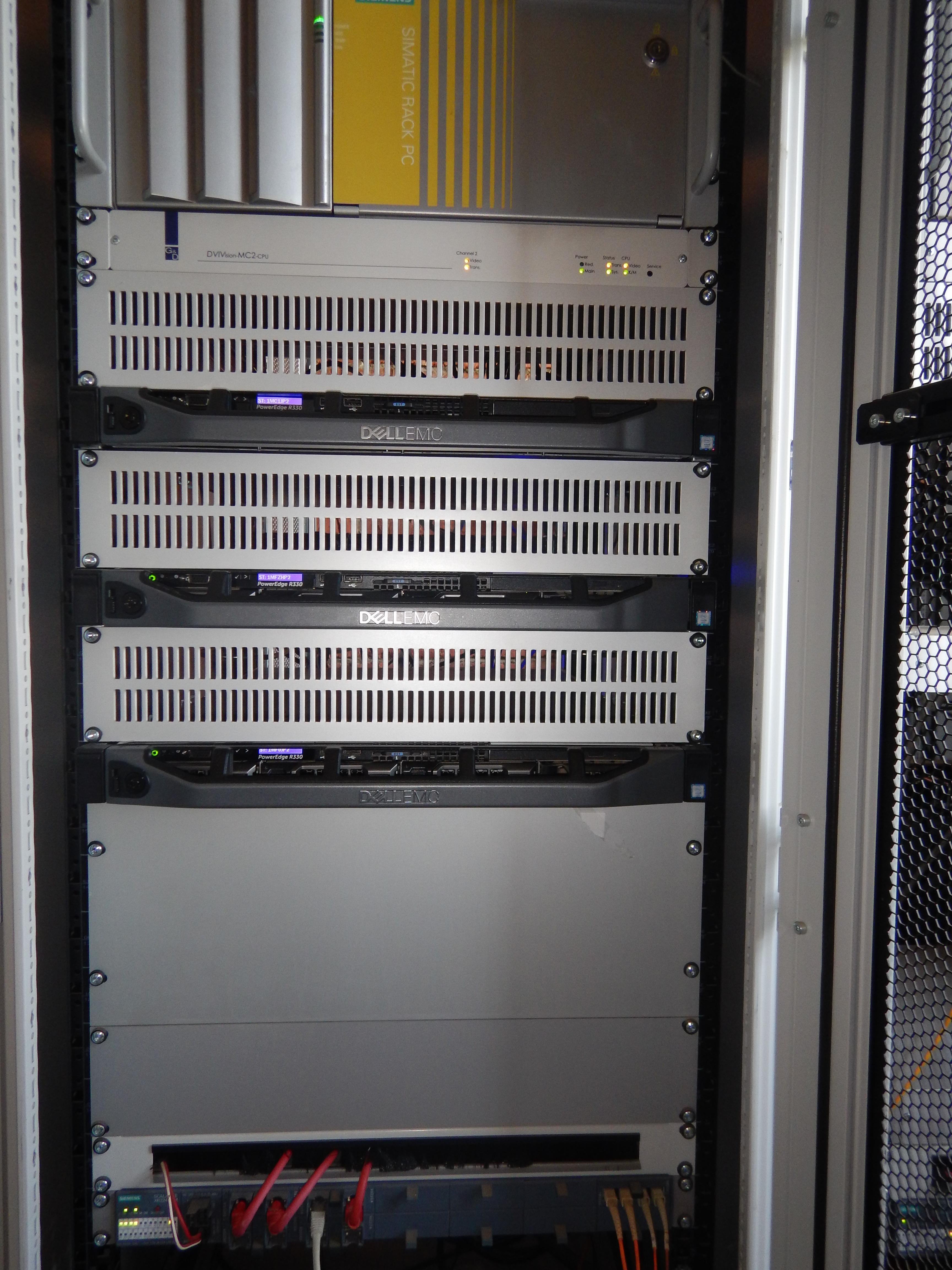 серверная стойка 3